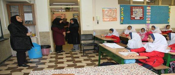 آموزش تفکیک پسماند از مبدا در مدارس منطقه ۳