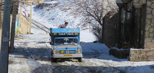 برف روبی و نمک پاشی معابر و خیابان های سطح شهر