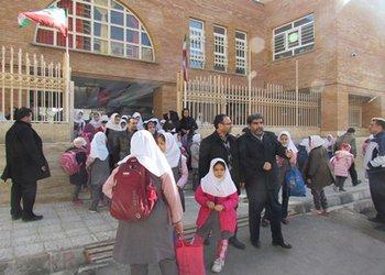 والدین از سرویس مدارس تحت نظارت سازمان تاکسیرانی برای فرزندانشان استفاده کنند