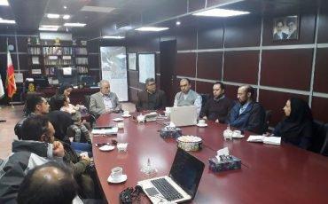 نشست کارشناسان مرکز مطالعات شهرداری بوئین زهرا با شهردار و اعضاء شورای اسلامی شهر  جهت بررسی طرح های ۴ پروژه شهری