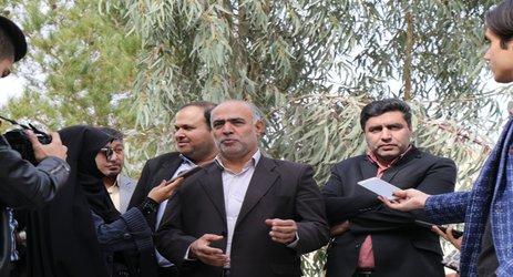 عکس/ تور خبری شهردار و اعضای شورای شهر زرند با اصحاب رسانه
