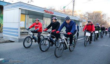 مسیرهای ویژه دوچرخه سواری از شریان های تردد خودرو جدا می شود