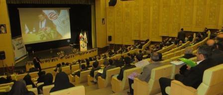 سومین گردهمایی آب و آینده استان در شهرستان خمین برگزار شد