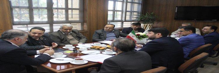 نشست مدیران کل امور مالی و ذیحسابی بنیاد مسکن با مدیر کل بنیاد استان