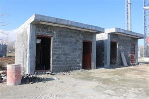 چهار چشمه سرویس بهداشتی و یک واحد  نمازخانه در پارک لاله سنندج  درحال احداث است