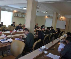 مدیرعامل شرکت آبفار در جلسه گردهمایی مدیران بر افزایش نظارت بر کار پیمانکاران تاکید کرد.
