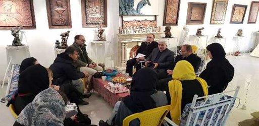 بازدید شهردار خوی به همراه مدیران شهرداری از گالری آثار استاد نادر جلال