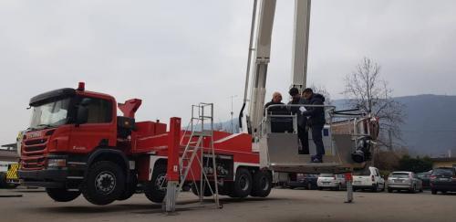 تجهیز آتشنشانی مشهد به ۲ دستگاه پلتفرم ۷۲ متری نجات برای اولین بار  ...