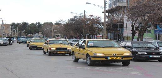 رژه تاکسیداران به مناسبت آغاز دهه مبارک فجر