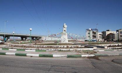 گزارش تصویری از فضاسازی محیطی به مناسبت ایام سوگواری شهادت حضرت فاطمه(س) و فرا رسیدن دهه مبارک فجر در سطح شهر تاکستان