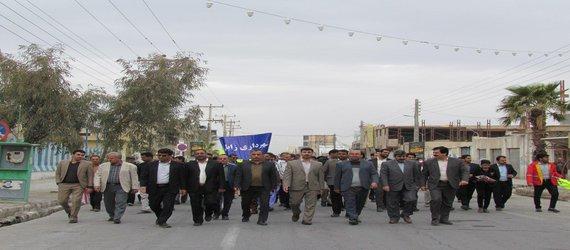 شرکت شهردار زابل بهمراه مدیران و پرسنل شهرداری در راهپیمایی ۲۲ بهمن