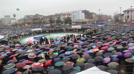 حضور پرشکوه مردم رشت در راهپیمایی دشمن شکن ۲۲ بهمن