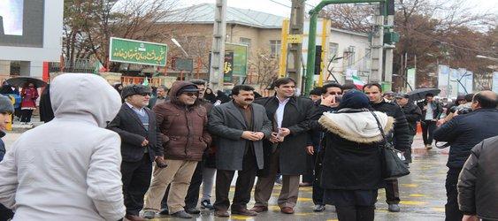 حضور شهردار و پرسنل شهرداری در راهپیمایی ۲۲ بهمن