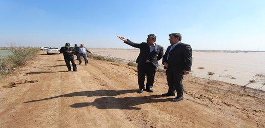 بازدید مدیر کل مدیریت بحران استان از محل شکستگی کانال سلمان