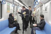 تقدیر مدیرکل حفاظت محیط زیست فارس از فعالان ناوگان قطار شهری و شهروندانی که از وسایل حمل و نقل عمومی استفاده می کنند در روز هوای پاک