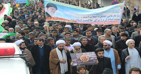 راهپیمایی باشکوه ۲۲ بهمن آذرشهر