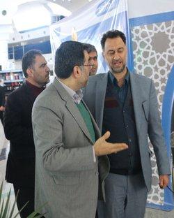 حضور مدیرکل آموزش و پرورش استان در غرفه شرکت آب منطقه ای قم