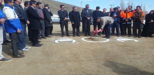 کلنگ زنی پروژه احداث مخزن ۲ هزار  متر مکعبی جدید در امور اشنویه