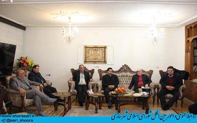 عیادت رئیس و اعضای شورای اسلامی شهر ساری ا ز علیجان شمشیربند عضو شورای اسلامی شهر ساری