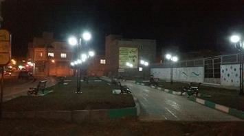 عملیات برقراری سیستم روشنایی در پارک تازه احداث شده در گریزه توسط شهرداری بهاران به روابت تصویر