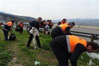 استقبال از بهار طبیعت در شهرستان رودبار با اجرای مراسم پاکسازی عمومی زباله