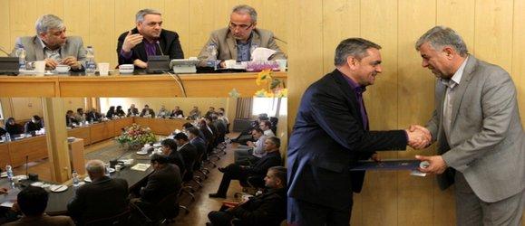 آخرین جلسه شورای مدیران شرکت به ریاست مدیرعامل شرکت آب منطقه ای زنجان برگزارشد.