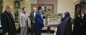 دیدار با خانواده مهندس شهید در همدان به مناسبت روز بزرگداشت شهدا