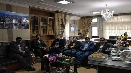 حضور رییس و اعضای شورای اسلامی شهر در دفتر شهردار میانه