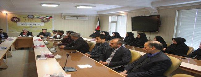 نشست صمیمانه مدیرعامل شرکت آب و فاضلاب روستایی استان مرکزی با کارکنان