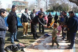 بازدید شهردار سنندج از محل اسکان مهمانان نوروزی در پارک های ملت و نسیم