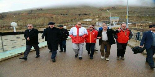 استاندار زنجان از سد کینه ورس بازدید و در جریان نحوه کنترل سیلاب پایین دست این سد قرار گرفت.
