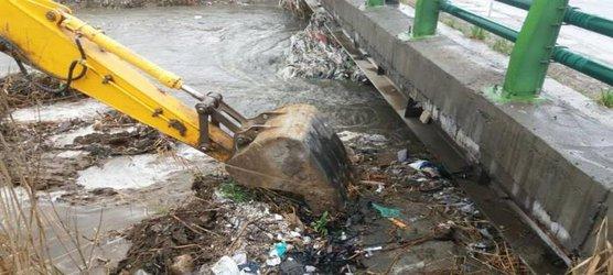 بازگشایی و لایروبی پل رودخانه سرخه حصار در جاده ری – ورامین