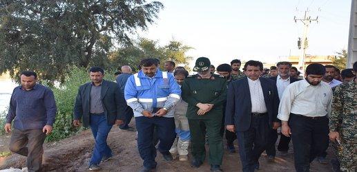 گزارش تصویری از حضور مدیر کل مدیریت بحران استانداری خوزستان در محل شکستگی سیل بند های بامدژ