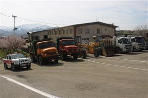 هشت دستگاه انواع ماشین آلات عمرانی شهرداری سنندج  به مناطق سیل زده استان لرستان اعزام شدند