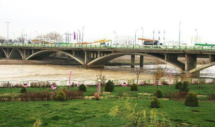 لایروبی و آمادهسازی پنج کانال اصلی در غرب تبریز