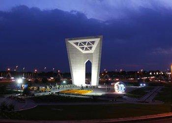 المان میدان مینودر قزوین در ساعت زمین خاموش می شود