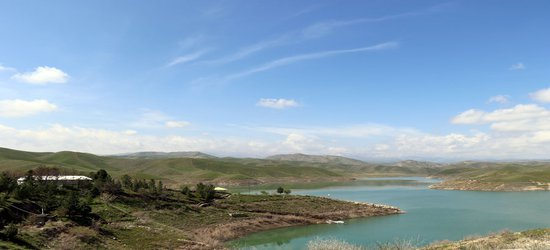 هفت سد و بند در شهرستان های استان سرریز  شدند/ طغیان رودخانه...