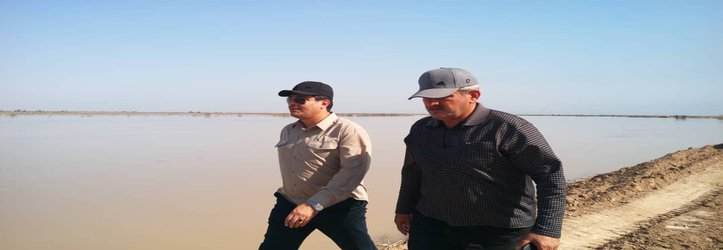 بازدید شهردار خرمشهر به همراه فرماندار از آخرین وضعیت سیل بندهای روستاهای غرب کارون