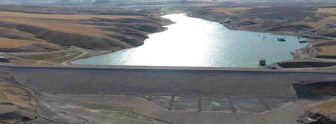 سد شنجور شهرستان رزن در آستانه سر ریز
