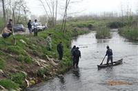 پاکسازی ادوات صید از رودخانه شلمانرود
