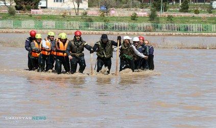 مانور آماده باش آتش نشانی برای مقابله با سیلاب با حضور شهردار