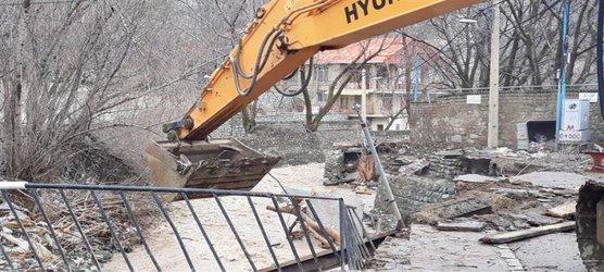آزادسازی بیش از ۲۰ هزار متر مربع از اراضی بستر روخانه آهار