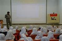 آموزش مفاهیم زیست محیطی مرتبط با زباله و بازیافت به دانش آموزان در رودبار