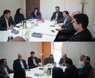 جلسه کمیسیون بانک و بیمه در محل شورای مرکزی برگزار شد.