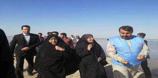 بازدید معاون رییس جمهور و مدیر کل مدیریت بحران استانداری خوزستان از روستای عُطیش شهرستان کارون