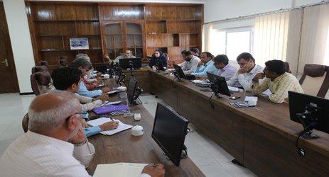 نشست مشترک معاون حفاظت و بهره برداری شرکت آب منطقه ای هرمزگان   با مدیران امور آب شهرستانها