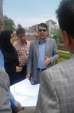 بازدید مسئولان شهرداری وشورای اسلامی شهر اراک ازرونداجرای شبکه فاضلاب در منطقه کرهرود