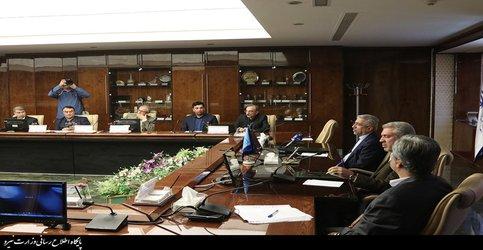 تاکید وزیر نیرو بر بهره گیری از ظرفیت پهنههای آبی کشور به ویژه سدها برای جذب سرمایهگذار و ایجاد اشتغال
