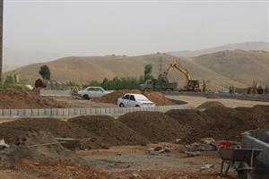 عملیات تکمیل میدان امام رضا ننله در سنندج به روایت تصویر