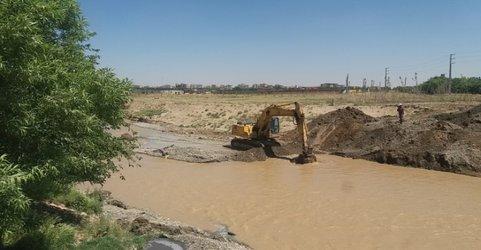 لایروبی و افزایش ظرفیت آبگذری رودخانه کن حوزه عملکرد شهرستان ری